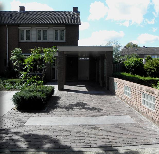 Out work ontwerp en projectbegeleiding tuinen for Oprit ontwerp